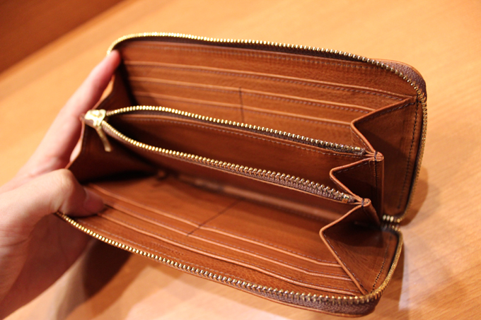 財布の内側に使われている革