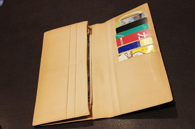 革の質が気に入って購入した財布