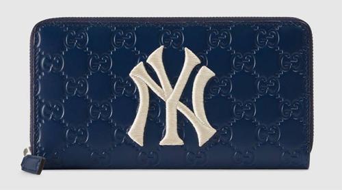 ニューヨーク・ヤンキース™ パッチ ジップアラウンドウォレット