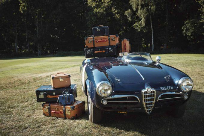 グローブトロッターのスーツケース