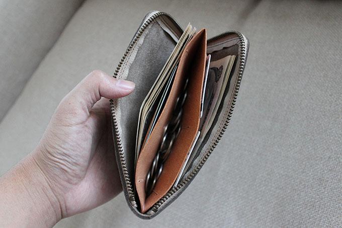 財布を使用